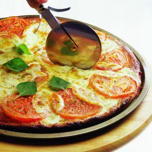 pizza-integral-con-mozzarella-y-tomate